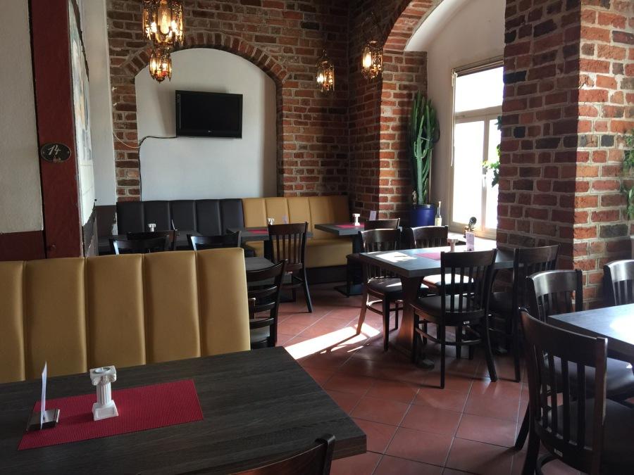 restaurant hellas l neburg home. Black Bedroom Furniture Sets. Home Design Ideas